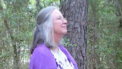 Glenda Taylor at Earthsprings Retreat Center; phtoto by Christina Robertson CC2.0