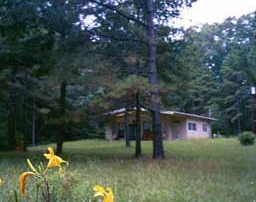Earthsprings Retreat Center, photo Glenda Taylor, OneAndAllWisdom.com CC2.0